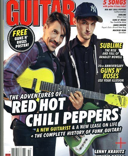 Guitar World Magazine Red Hot Chili Peppers October 2011 Flea Guns N